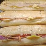 UFC Ham Cheese tomato onion Roll